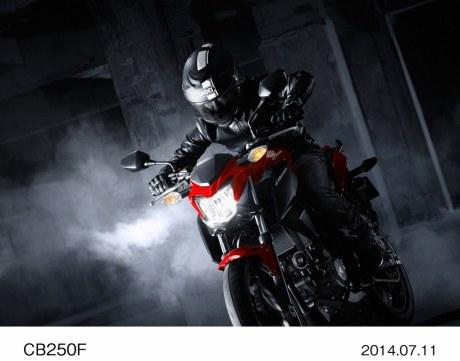 CB250F_2015_4-Copy