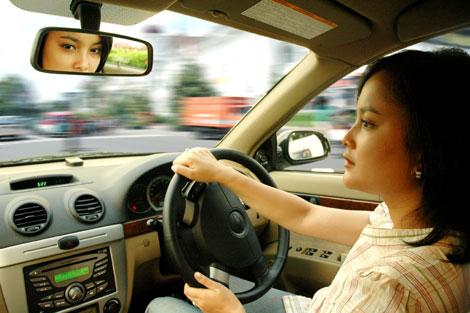 pengendara mobil